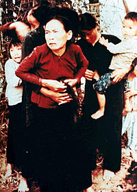 My_Lai_massacre_woman_and_children