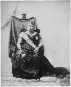 queen-liliuokalani-photograph-from-1891-the-palace-chair-she-is-sitting-on-is-now-located-in-the-drawing-room-of-iolani-palace