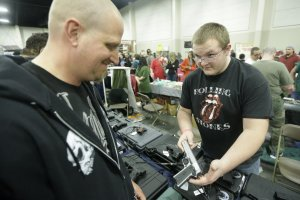 Gun show in Utah. Photo Rick Bowmer, Associated Press.