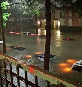 Reocrd breaking Houston floods, April 2016, photo via Traci Siler.